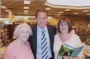 Jean With Daniel Silva & Barbara